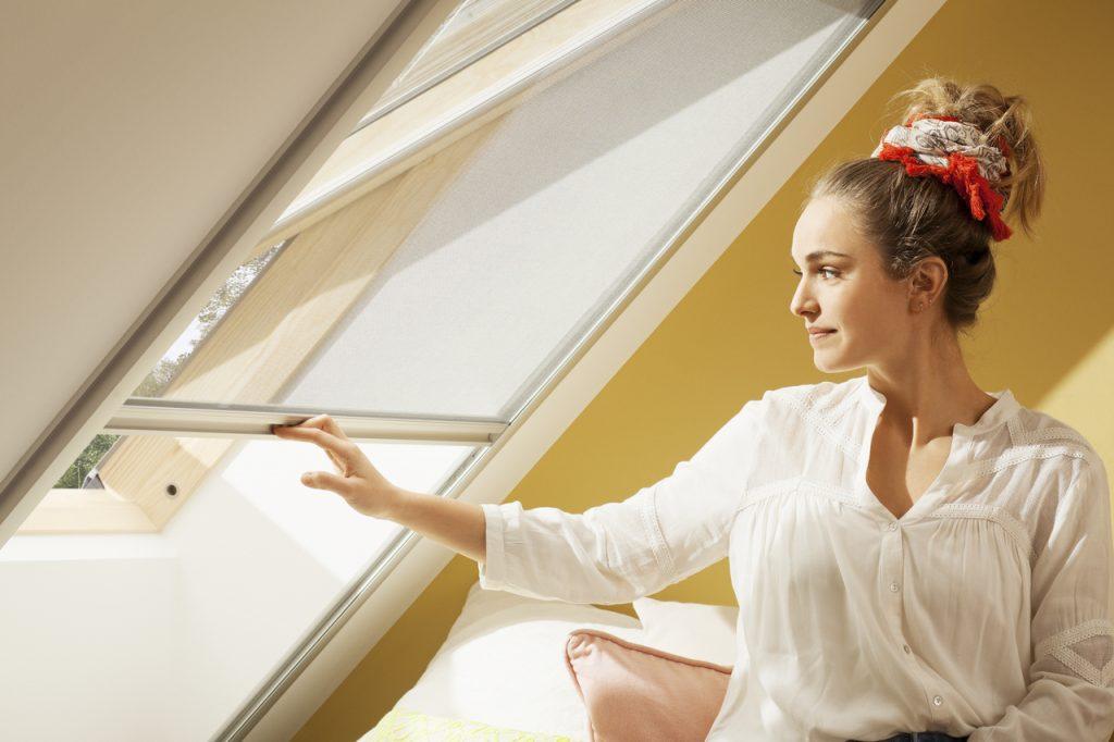 Moustiquaires pour fenêtre de toit velux
